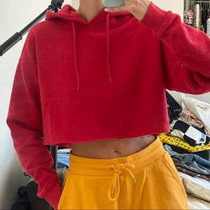 URBAN OUTFITTERS cropped red hoodie. ❤️❤️
